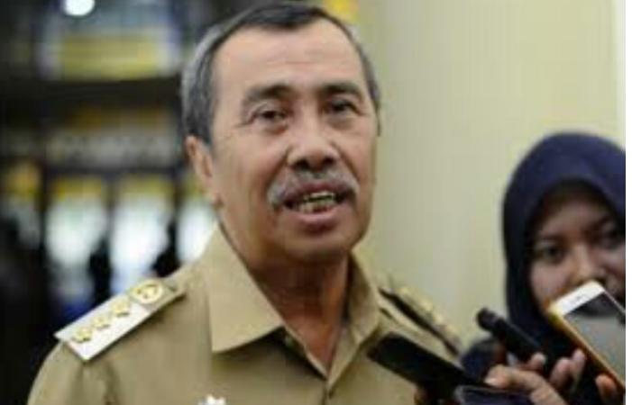 Gubernur Riau H Syamsuar Mengimbau Agar Salat Idul Fitri Dirumah Masing Masing