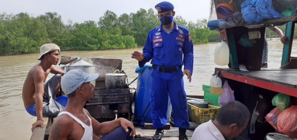 Sat Pol Airud Ajak Nelayan Bagan Kuala Patuhi Protokol Kesehatan
