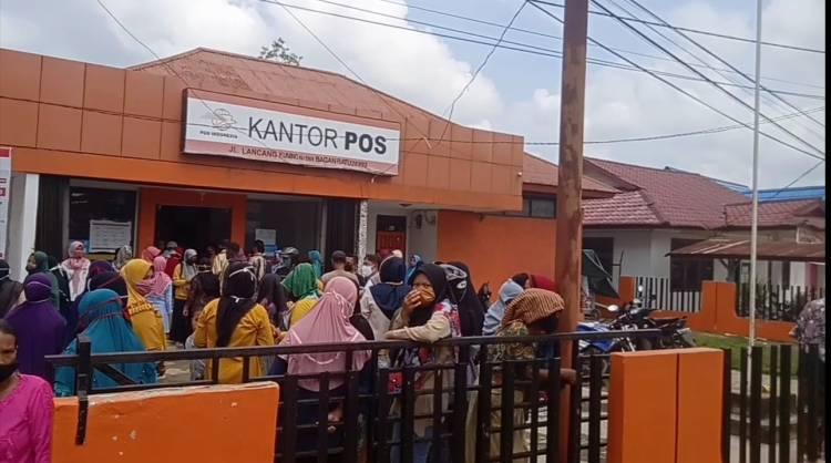 Kantor Pos Kembali Langgar Protokol Kesehatan