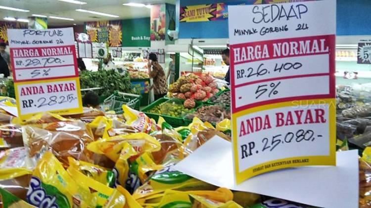 31 Juli 2021 Supermarket Giant Tutup Semua Gerai di Indonesia, Karyawan Bersedih