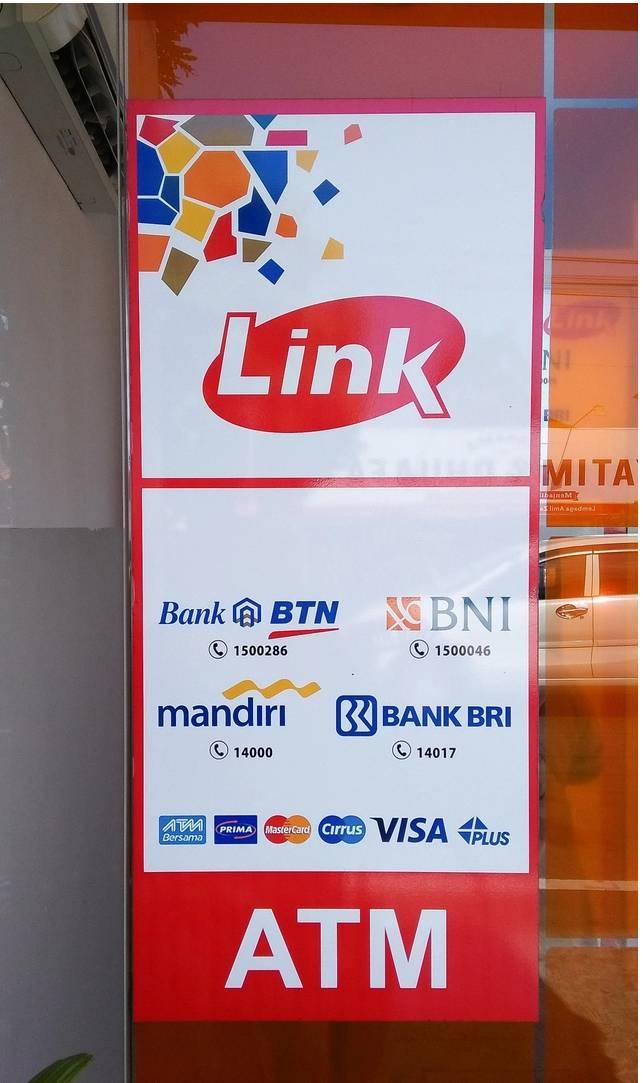 Fakta ATM Link Bank BUMN Akan Kenakan Biaya Tarik Tunai & Cek Saldo per 1 Juni
