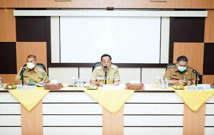 Bupati HM.Wardan Didampingi Wabup H.Syamsuddin Uti Pimpin Rapat Pelaksanaan Vaksinasi Bagi Lansia
