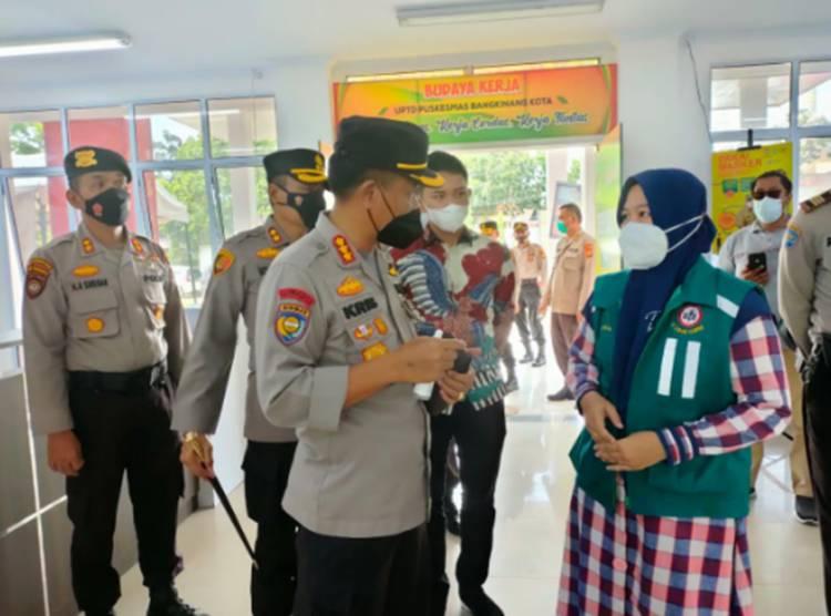 Tim Supervisi Penanganan Covid-19 Polda Riau Tinjau Pos PPKM di Kelurahan Bangkinang