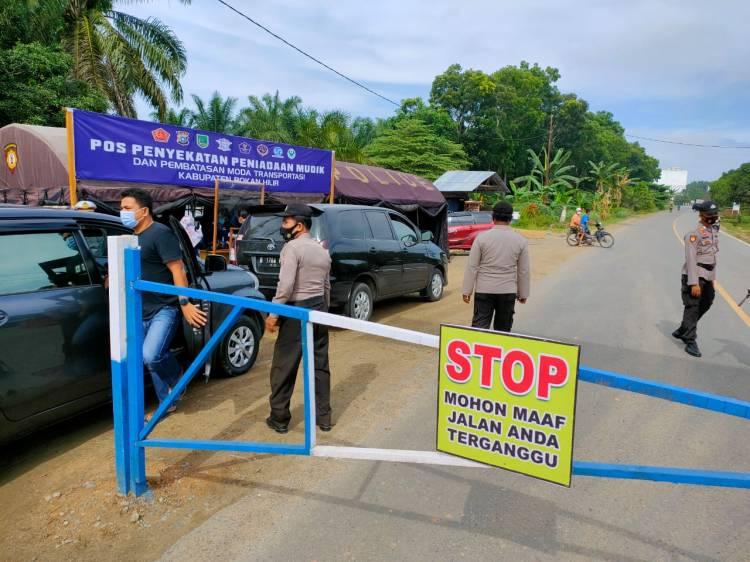 Polres Rohil Terus Lakukan Penyekatan Pra Peniadaan Mudik Perbatasan Riau-Sumut
