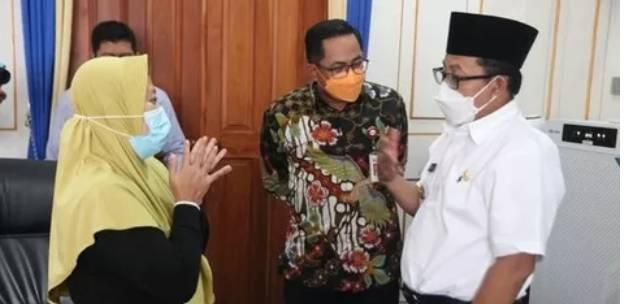 Wali Kota Malang Sutiaji Ambil Alih Kasus Yang Menjerat Guru TK Soal Pinjol dan Mengembalikan Pekerjaan