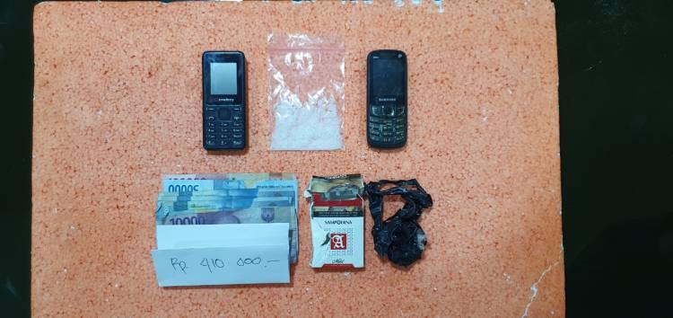 Transaksi Narkoba di pelabuhan Lasdap Dua Warga Tanjab di Amankan