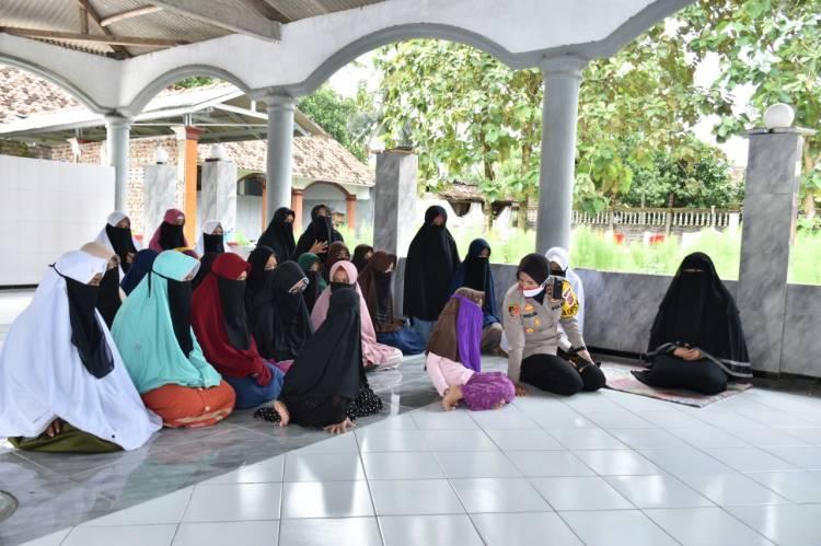 Silaturahmi Kapolres Banjar AKBP Melda Yanni, S.I.K, M.H. Dengan Pimpinan Ponpes Diwilayah Kecamatan Langensari Kota Banjar.