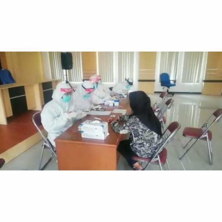 Rapid Test Puluhan Pegawai Kejaksaan Kota Banjar Hasil nya Nonreaktif