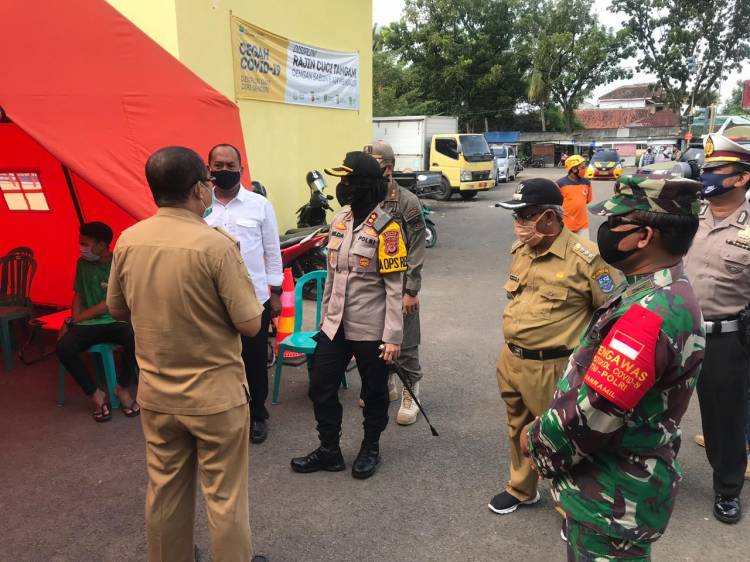 Himbauan / Woro-woro Polres Banjar Beserta TNI di Pasar Langensari Kota Banjar.