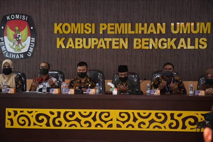 """Gelar Sosialisasi PKPU Nomor 5 Tahun 2020  Safroni """"Pilkada Akan Dilaksanakan Tanggal 9 Desember 2020"""""""