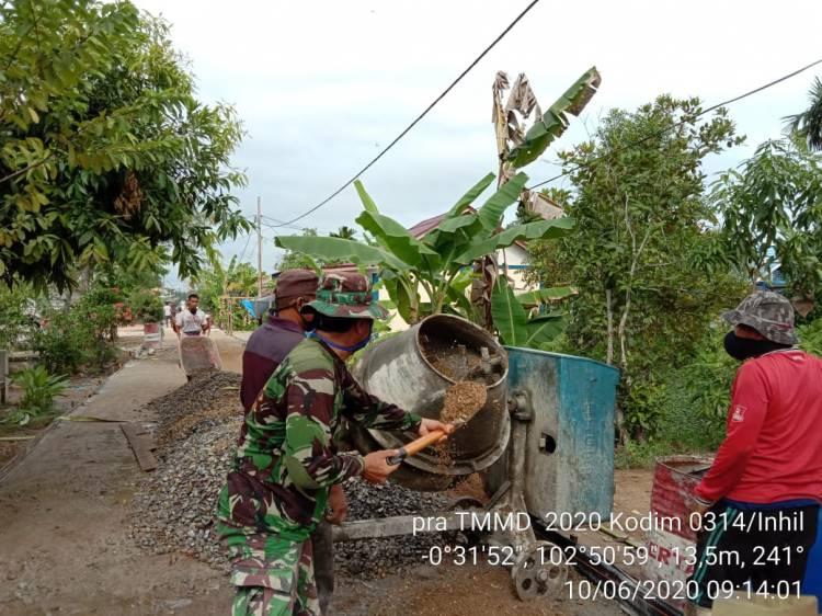 Danramil 03/Tempuling Pimpin Giat Pra TMMD di Desa Teluk Kiambang