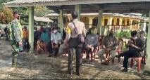 Babinsa Koramil 05/Rupat Himbau Warga Patuhi Protokol Kesehatan
