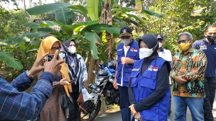 Walah, 26 Orang Positif Covid-19, Akibatnya Satu RT Warga Dusun di Desa Ini Harus di Lockdown