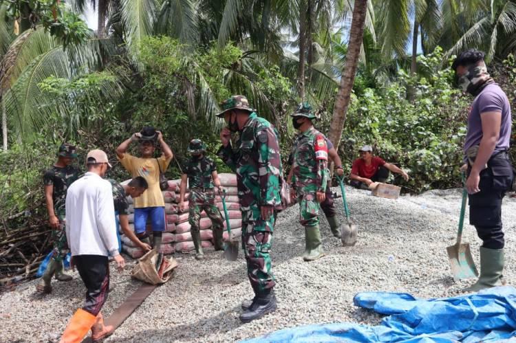 Danki SSK Satgas TMMD ke 111 Kapten Inf R Sagala : Untuk Dua Lokasi Semenisasi Jalan Penghubung Material Lengkap