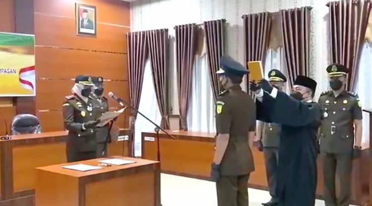 Kepala Kejari Inhil Pimpin Sertijab Pergantian Pejabat Kasi BB dan BR