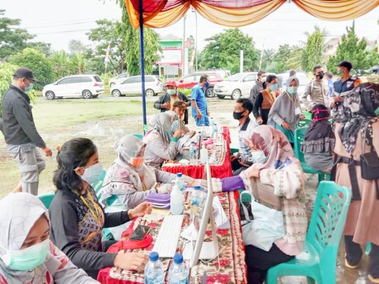 Dalam Rangka HUT Bhayangkara ke 75, Polsek Pujud Gelar Vaksinasi Massal