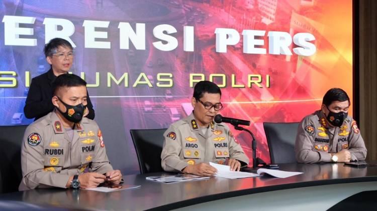 Panglima TNI dan Kapolri Hari Ini Akan Tinjau Vaksinasi di Bandung, Kudus dan Bangkalan