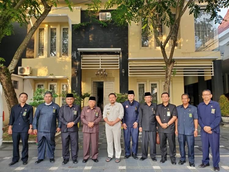 Silaturrahmi dengan Bupati Kampar, Ketua Pengadilan Tinggi Agama Pekanbaru Apresiasi Bupati Kampar.