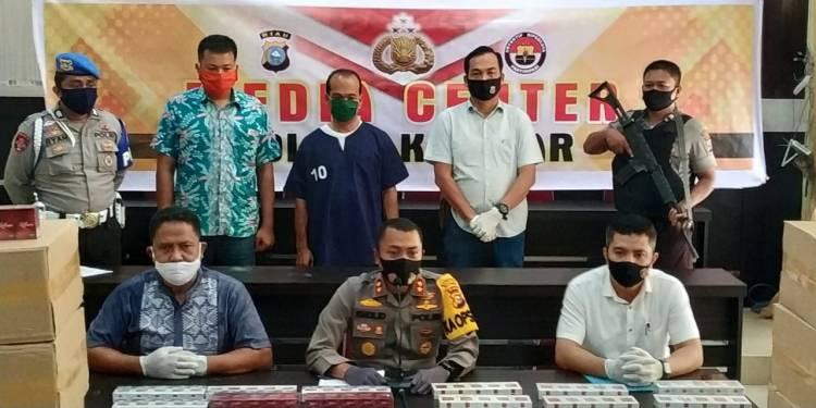 Kapolres Kampar Ekspos Ungkap Kasus Kepemilikan Belasan Ribu Bungkus Rokok illegal Tanpa Cukai