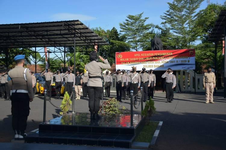 Kapolres Banjar AKBP Melda Yanny, S.I.K.,M.H. pimpin apel gabungan TNI, Polri, Pemkot Banjar Jelang Malam Takbir Idul Adha.