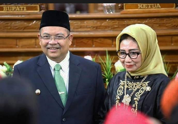 """Suami Bupati,Istri Ketua DPRD KPK Beberkan Peran """"Mainkan""""Proyek Di Pemkab Kutai Timur"""