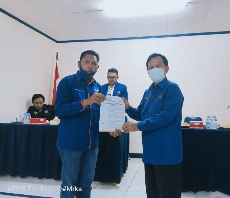 Taufik Hidayad Resmi Nahkodai Partai NasDem Inhil Periode 2020-2024.