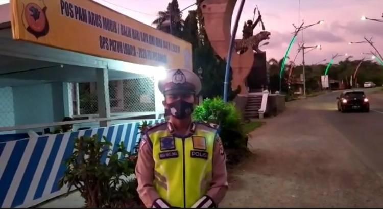 Polres Banjar Melaksanakan Pengamanan Arus Lalu Lintas Dalam Situasi Hari Raya Idul Adha 1441H.
