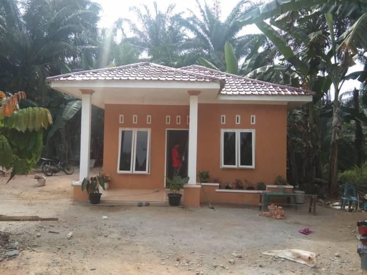 Tetangga Halimah Turut Bangga Kepada TNI Setelah Bedah Rumah Halimah Selesai