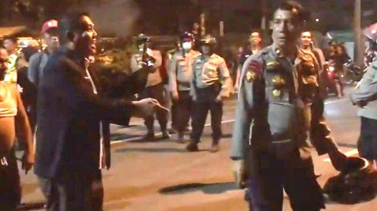 Sejumlah Kios dan Ruko Hancur Akibat Tawuran Antar Warga Kampung di Medan