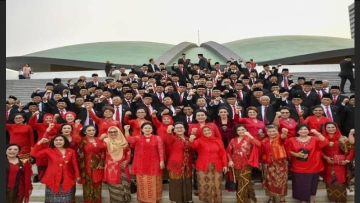 Isoman Anggota DPR RI Dikasi Fasilitas Hotel Bintang 3,Dibiayai Negara