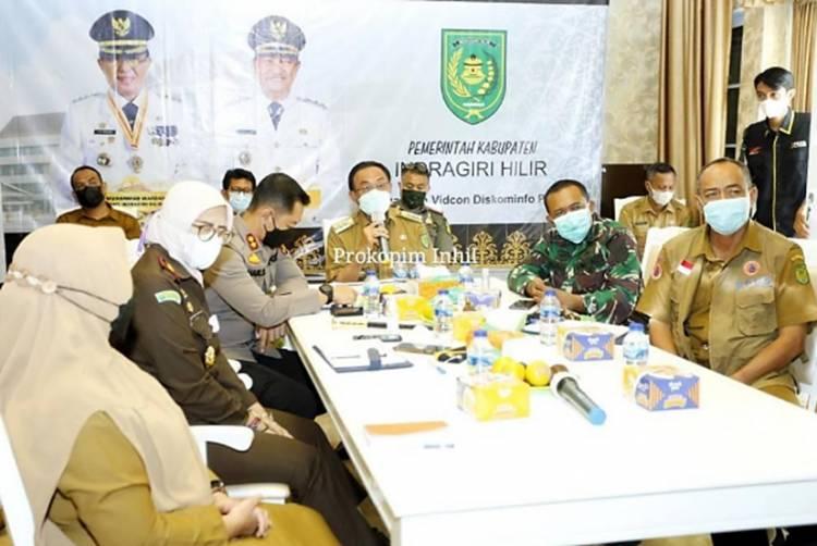 Bupati Inhil HM. Wardan Ikuti Rapat Penanganan Covid-19 Secara Virtual yang Dipimpin Gubernur Riau