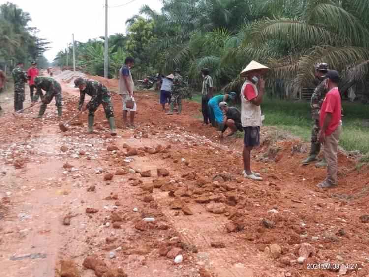 Pembangunan Aukas di Pekaitan Terus Digesa Satgas TMMD
