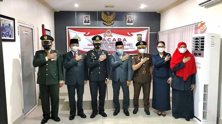 Polres Inhil Gelar Upacara HUT Bhayangkara ke-75 secara Virtual yang Dipimpin Langsung oleh Presiden Jokowi