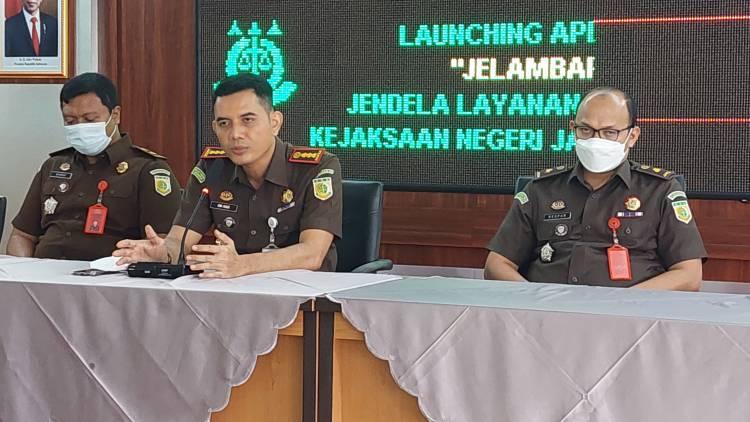 """Kejari Jakbar Luncurkan Aplikasi """"JELAMBAR"""""""