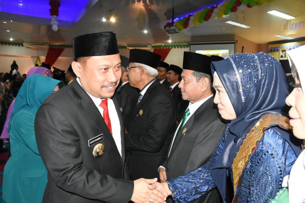 Bupati Kampar Hadiri Pelantikan Anggota DPRD Kampar Periode 2019-2024