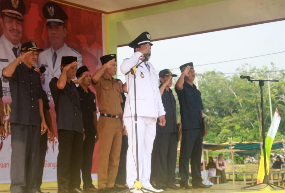 Kepala Desa Sri Tanjung Menjadi Inspektur Upacara HUT RI ke-74 berjalan secara Hikmad.