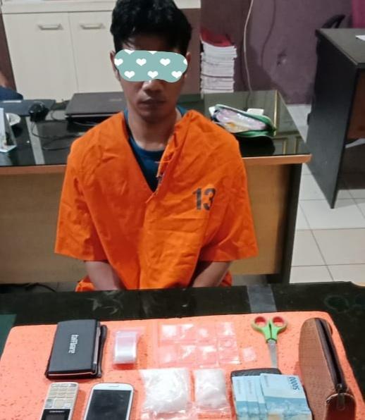 Warga Suntung Ardi, Tembilahan Ditangkap Polisi Simpan Sabu