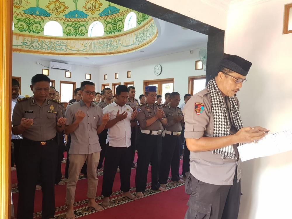 Kepolisian Resor Banjar Gelar shalat gaib atas wafatnya KH. Maimun Zubair di Masjid At-Taubah