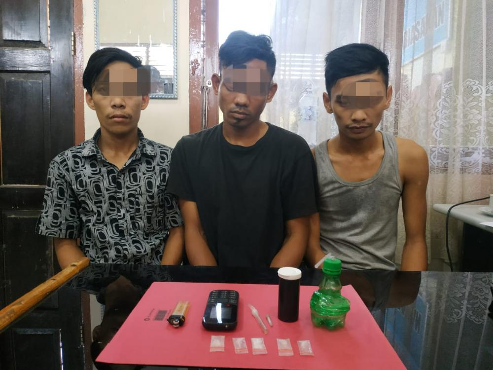 3 Terduga Pengedar Shabu Diringkus Resnarkoba Polres Kampar di Kecamatan Tambang