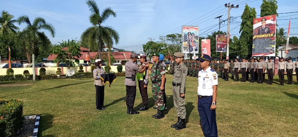 Kapolres Pimpin Apel Gelar Pasukan Operasi Patuh Muara Takus 2019 di Polres Kampar