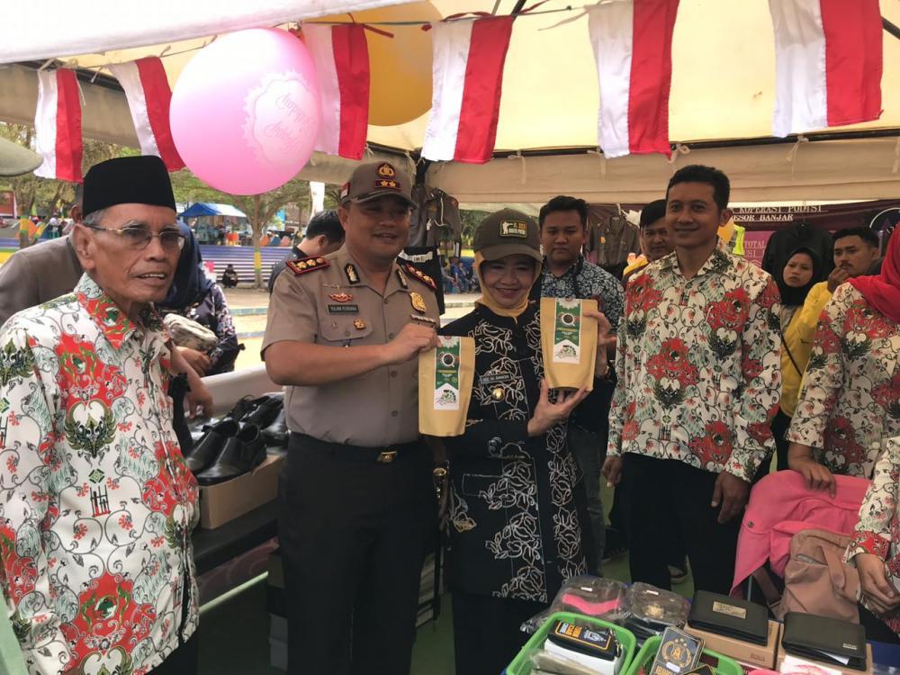 Walikota Banjar Buka kegiatan Peringatan Hari Koperasi ke - 72 tahun 2019 tingkat Kota Banjar.