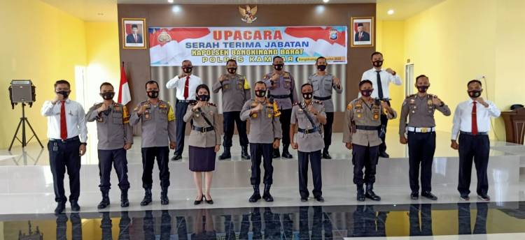 Ipda Yulanda Alvaleri Resmi Jabat Kapolsek Bangkinang Barat Gantikan Iptu Supriadi