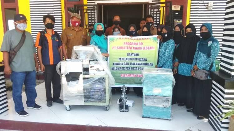 PT SRL Salurkan Bantuan Pemberdayaan Masyarakat kepada PKK Desa Pancur Jaya