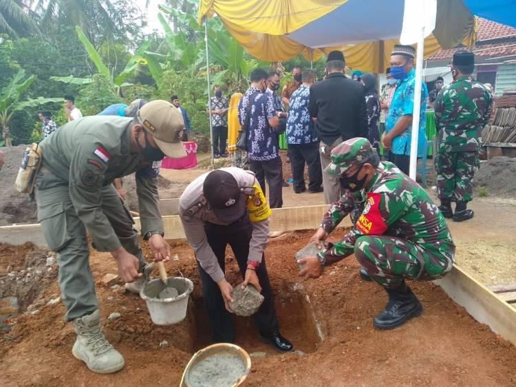 Sinergitas TNI di Wilayah Langensari Polres Banjar dalam Membangun Masjid