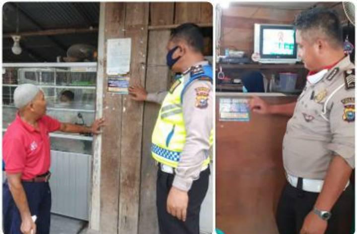 Antisipasi Tabrak Lari, Unit Lantas Polsek Pangkalan kerinci, Sebar dan Pasang Stiker Call Centre
