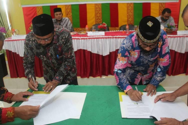 IAIN Langsa - Kanwil Kemenag Aceh Teken Nota Kesepahaman