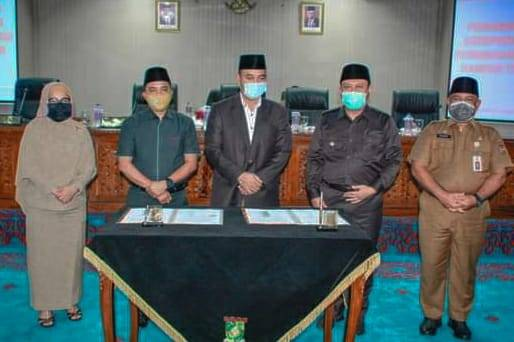 Bupati Kampar dan Ketua DPRD Tandatangani KUA-PPAS Perubahan APBD Kampar TA. 2020.