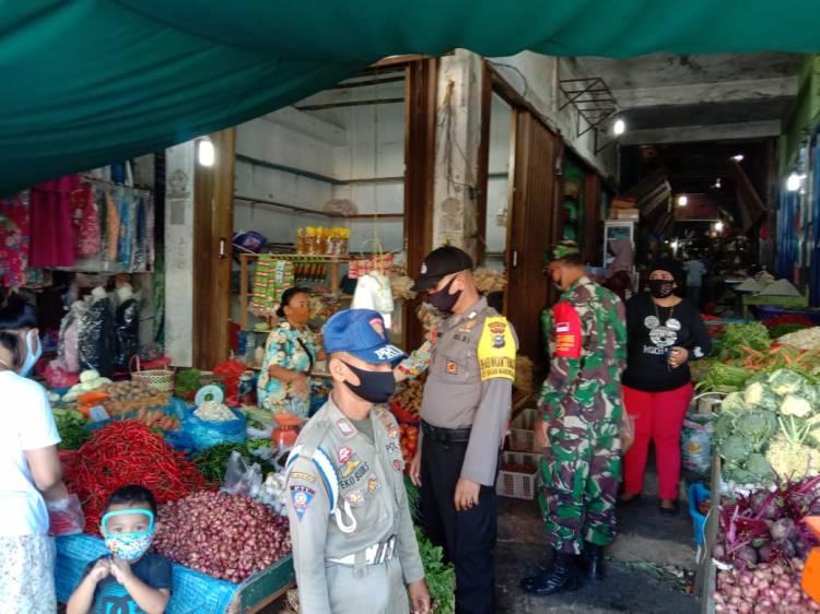 Putus Mata Rantai Covid-19, Polsek Bagan Sinembah dan Koramil 03 Patroli di Pajak Lama