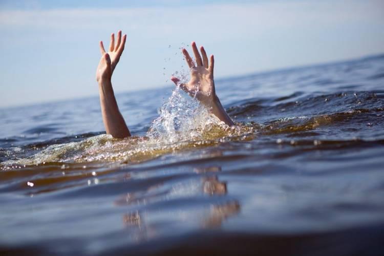 Dianggap Gurauan saat Minta Diselamatkan dari Arus Laut, Pemuda ini Akhirnya Tewas Tenggelam