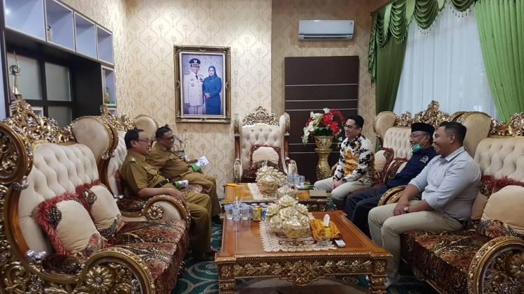 HM Wardan Terima Kunjungan Anggota DPD RI Komite II Riau, Edwin Pratama Putra